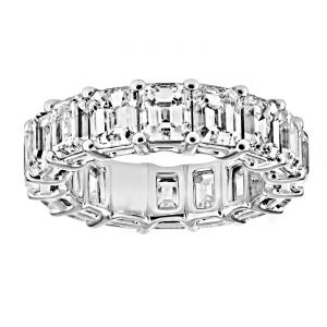 TWO by London Emerald Cut Diamond Common Prong Eternity Band